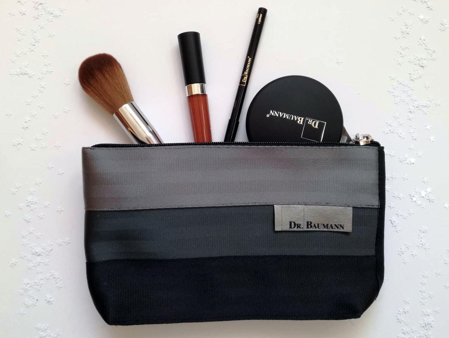 Limitovaná edice kosmetických etuí