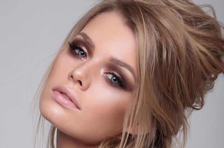 Výhody minerálního make-upu
